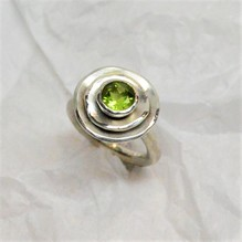 Ring mt Peridot